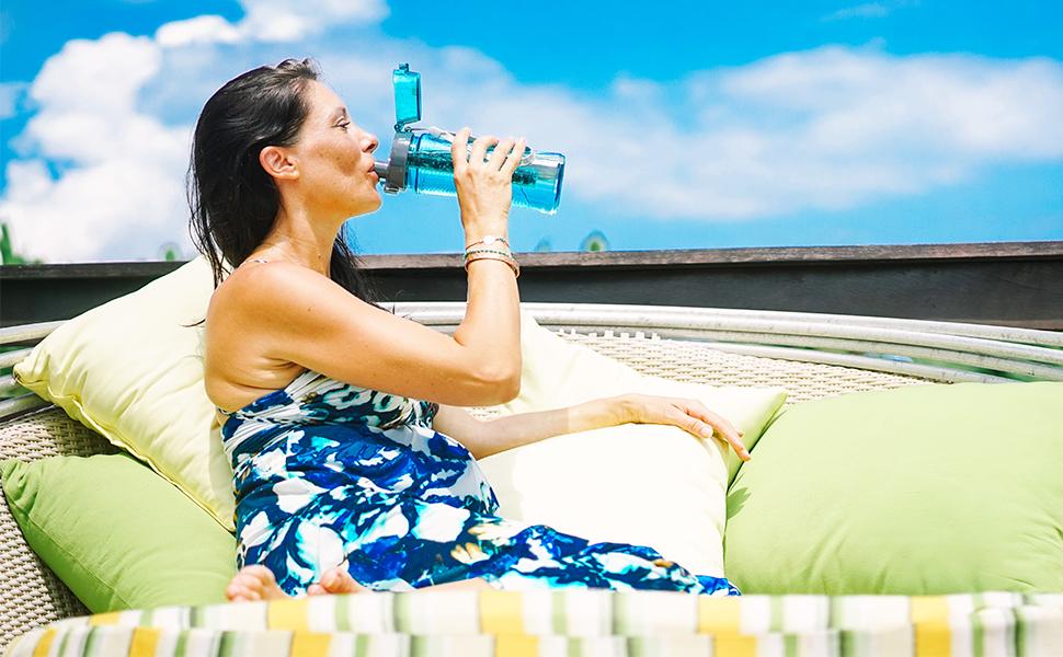 Ahorra Agua e incrementa la presi/ón Elimina fl/úor y cloramina Ablanda el Agua Dura Invigorated Water pH REJUVENATE Small Cabezal para Ducha con Filtro Vitamin C Instalaci/ón f/ácil