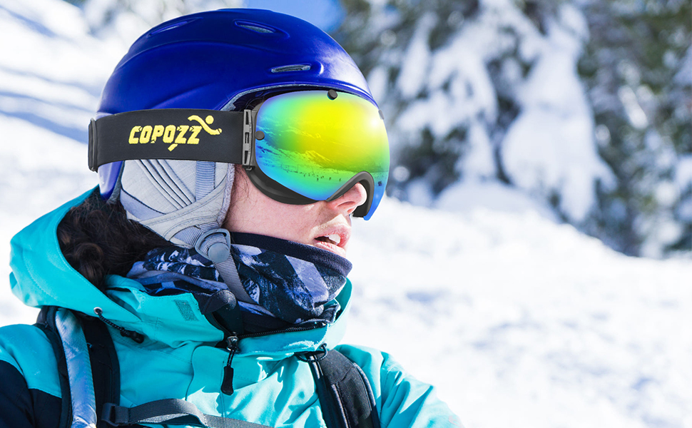 25a425e44af1 ski goggles. Comfortable -Three layers face foam that just to your face in  a very gentle way