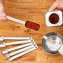 metal measuring spoons set