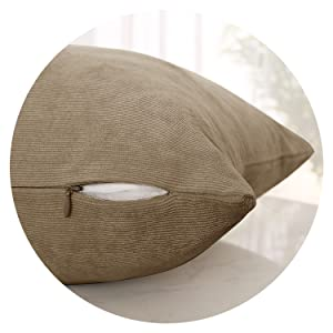 CUSHION COVERS WITH INVISIBLE ZIPPERS