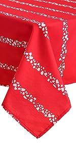 christmas table cloths