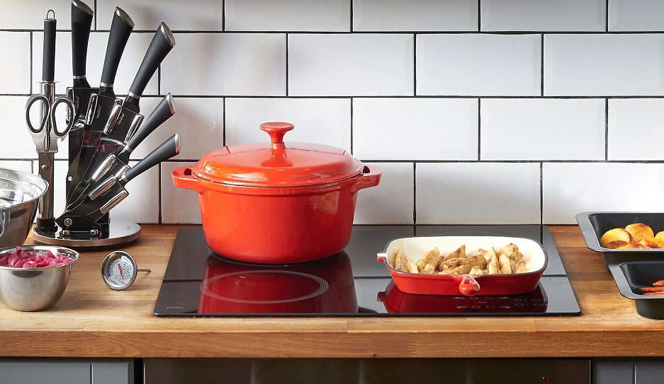 Amazon.com: VonShef Cast Iron Dishes Set of 3 Casserole, Gratin and ...