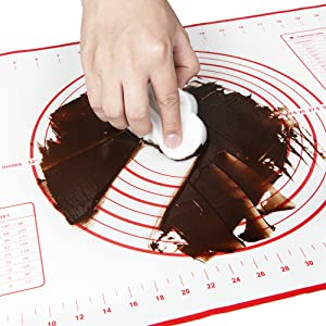 easy to clean pastry mat