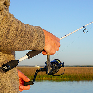 Cadence Fishing CC5 Spinning Combo - Carbon Composite Frame