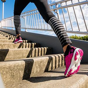 Amazon.com: Topo Athletic ST-2 Running Shoes - Women's