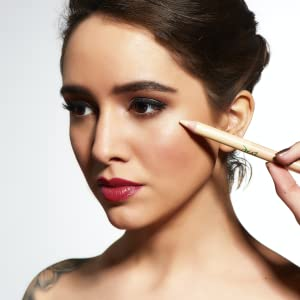 organic vegan concealer highlighter cruelty free gluten free evxo cosmetics makeup