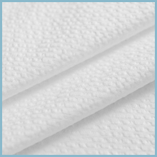 Embossed microfiber fabric quick to dry