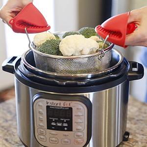 Premium Steamer Basket straining food