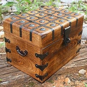 Amazon Com Treasure Chest Box Pirate Large 11 X 8 X 7