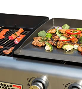 foto de Amazon com: Royal Gourmet GD401C 4 Burner Portable Propane Flat Top Gas Grill and Griddle Combo