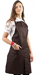 Under NY Sky Cross-Back Apron – Coated Brown