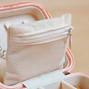HerFav travel jewelry box