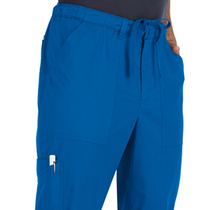close up of koi stretch 604 koi men's Ryan Scrub Pant featuring roomy front pockets