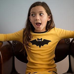 Amazon.com: Leveret Kids & Toddler Pajamas Boys Girls Unisex 2 Piece Pjs  Set 100% Cotton Halloween Sleepwear (12 Months-14 Years): Clothing