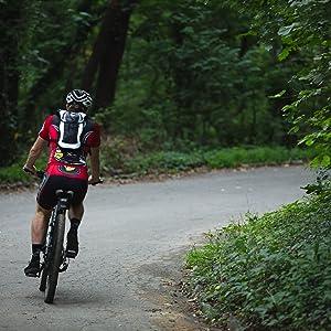 mtb hydration pack, mountain biking, cycling pack, cycling hydration backpack, mtb, biking