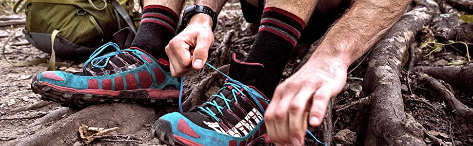 backpacking supplies, hiking clothes, best hiking socks, columbia socks, marmot