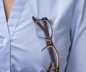 23abadae8ed9 Highly-Effective - READEREST is a no fuss solution that helps you manage  your eyewear.