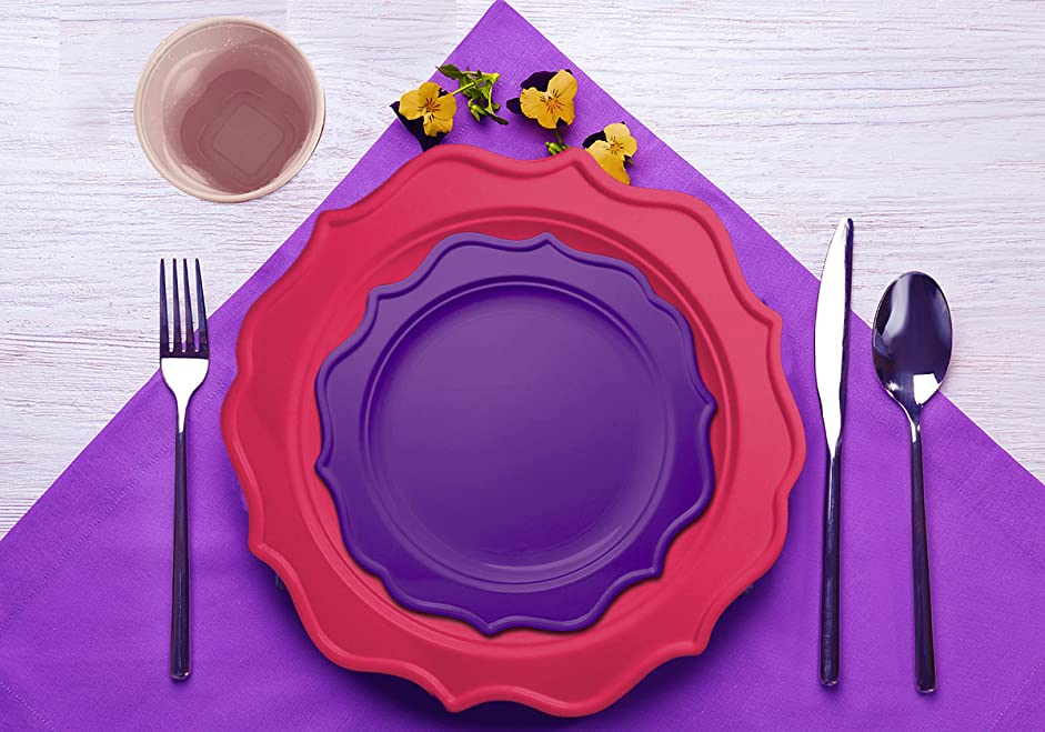 Available in 12 sets of varying color themes these colored plastic plates help you plan your party colors with ease. & Amazon.com: Tiger Chef 49-Pack Hot Pink and Purple Color Scalloped ...