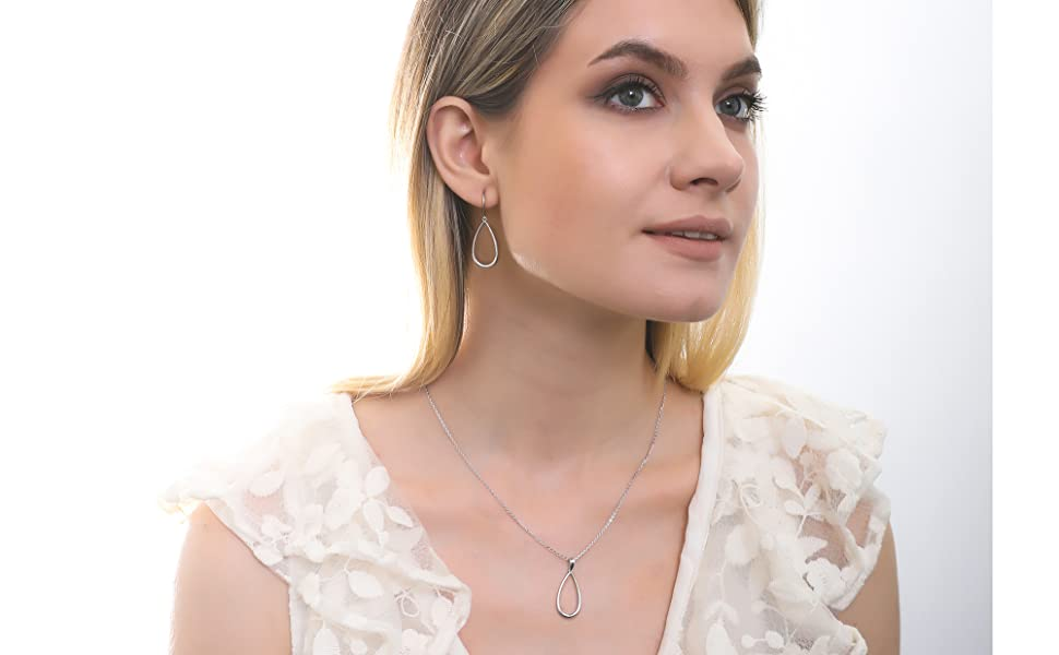 BERRICLE Rhodium Plated Silver Teardrop Fashion Necklace and Earrings Set