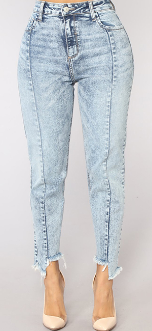 6646394fa36 Get your street chic looks out there in our fave destroyed denim skinny  jeans.