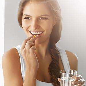 Formula avanzada ayuda a minimizar las líneas finas y arrugas. Aumenta la elasticidad y la hidratación en la piel. Fortalece las uñas débiles y dañadas.