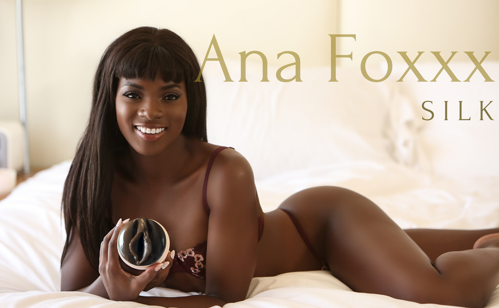 Amazon.com: Fleshlight Girls | Ana Foxxx | Silk | Male Masturbating Toy: Health & Personal Care