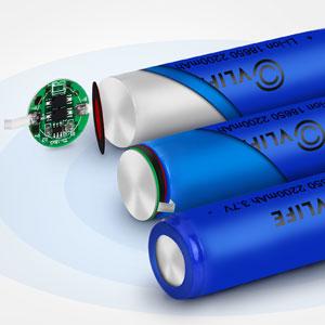 Linterna LED 4 pcs 18650 3.7V recargable Li-ion Brand New Bater/ía