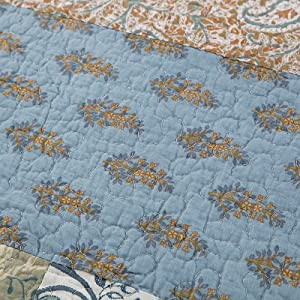 two-tone reversible quilt set hypoallergenic