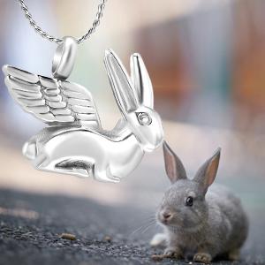 Amazon.com: Conejo con alas de ángel joyería de cremación ...