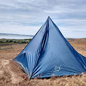 tent with vestibule, large tent, backpacking tent with vestibule, trekking pole tent, easy use tent