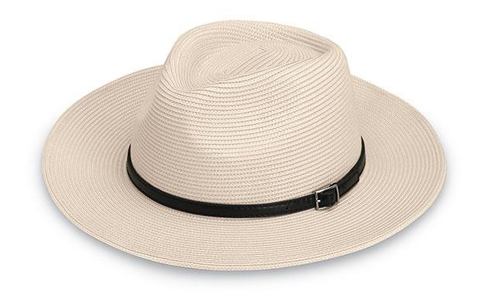 8813555e2 Amazon.com: Wallaroo Men's Cameron Fedora Sun Hat - Lightweight and ...
