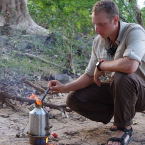 Amazon.com: Campamento de estufa por Kelly Kettle Base Camp ...