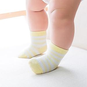baby yellow socks