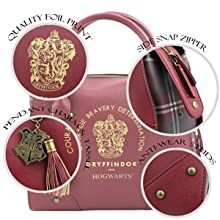 Hogwarts handbag close up