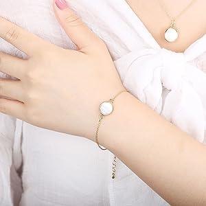 f7497f406 Amazon.com: COZLANE 14K Gold Simple Natural Pearl Shell Bracelet for ...