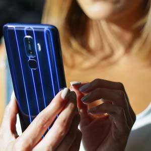 unlocked smartphone