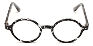 8875f8aef43 A style made popular across prescription glasses in sunglasses in the 70s  is now back