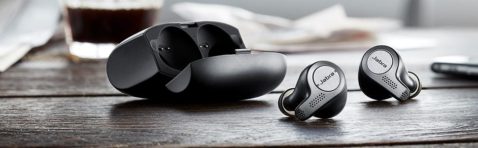 Amazon Com Jabra Elite 65t Alexa Enabled True Wireless Earbuds With Charging Case Titanium Black Renewed