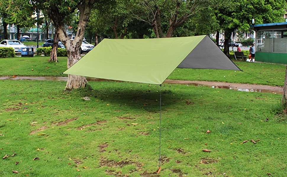 The Rain Tarp Shelter is lightweight and comes with a storage pouch making it convenient to take in trips or store when not in use. & Amazon.com : YUEDGE Easy Set Up Portable Waterproof Camping Tarp ...