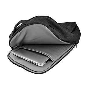 backpack qith laptop compartment