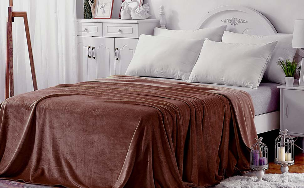 richave fleece blanket queen size 350gsm lightweight throw for the bed extra soft. Black Bedroom Furniture Sets. Home Design Ideas