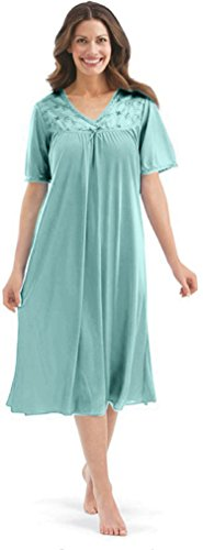 1eb0be65cb Plus size nightgowns for women - Provides a flattering fit to ANY size women