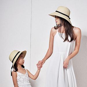 cbe67cafe42 FURTALK Women Wide Brim Sun Hat Summer Beach Cap UPF50 UV Packable ...
