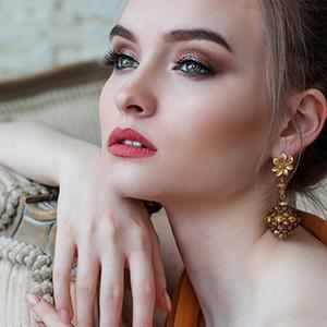 white diamond facial cleanser oceane sericin plus sericin+ facial skin care moisturizer age defying