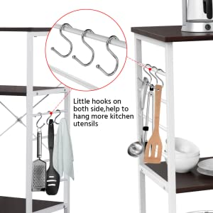 6 hooks for hanging more items