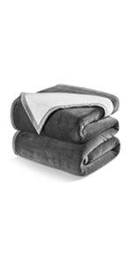 blanket, bed blanket, fleece blanket, winter blanekt, warm blanekt, queen size blanket, king blanket