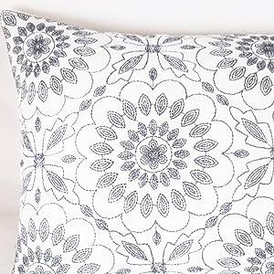 gray rectangluar throw pillows