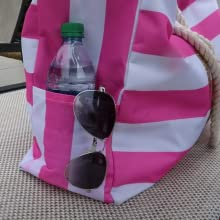 beach bag pockets