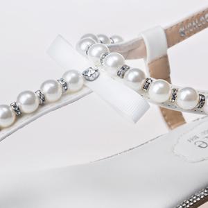 cac8d0c3961e Pretty little pearl