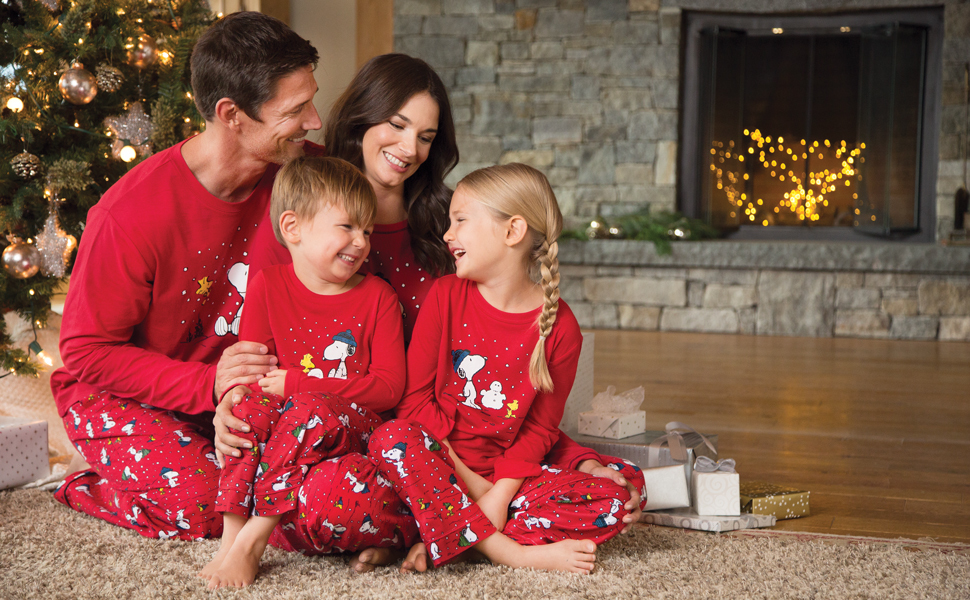 1f62b00c28 Amazon.com  PajamaGram Family Pajamas Matching Sets - Snoopy ...